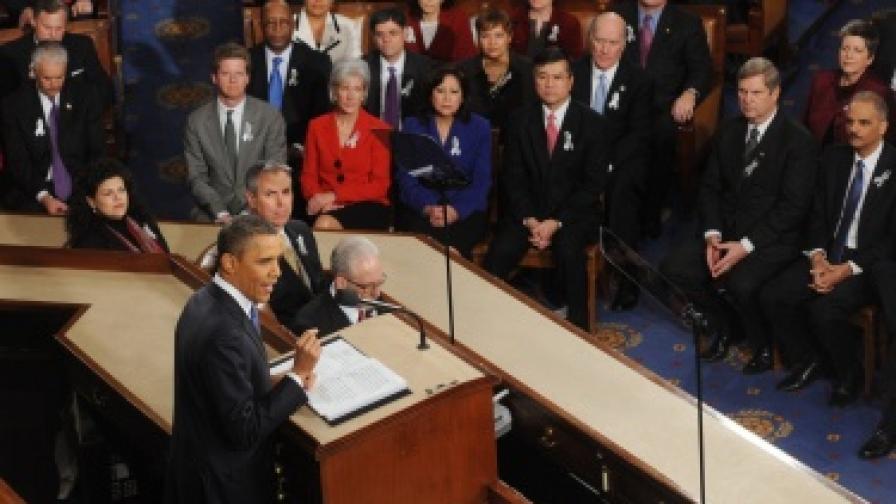 """Обама: Сега е """"моментът """"Спутник"""""""
