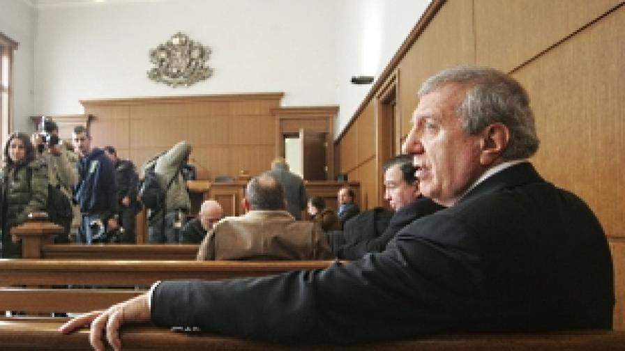 Девет години затвор за Александър Томов