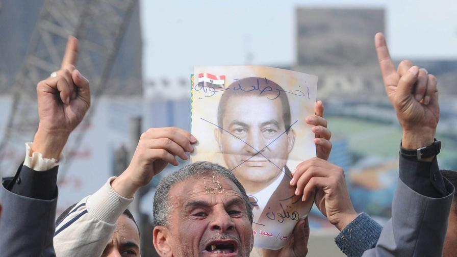 """""""Новият"""" кабинет на Египет встъпи в длъжност"""