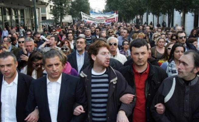 Гърция залята от стачки