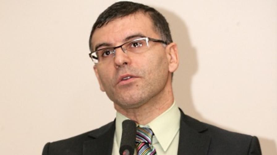 Дянков: Може да индексираме пенсиите заради поскъпването на храните