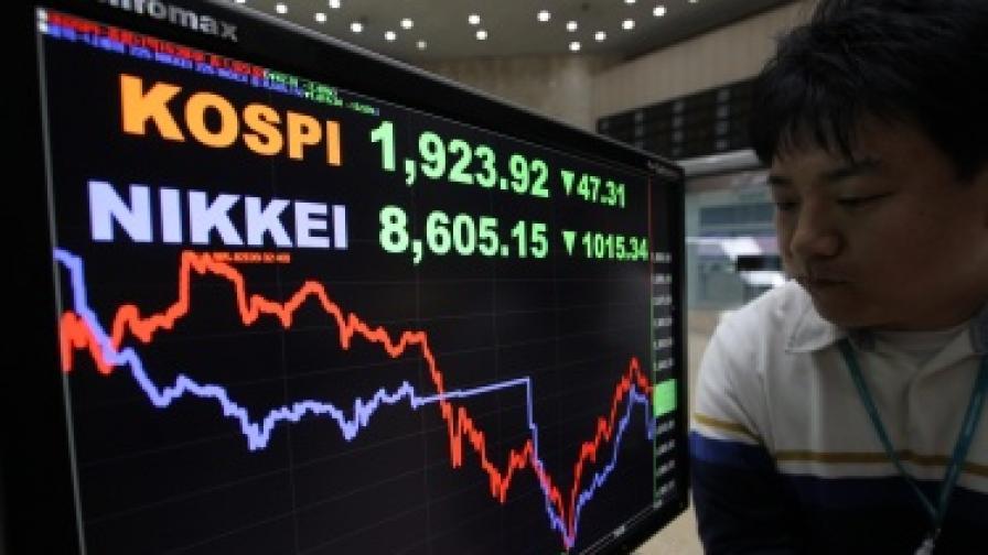 Японският фондов пазар продължава да върви надолу