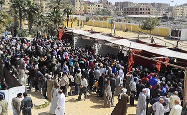Египтяните подкрепиха на референдум промени в конституцията