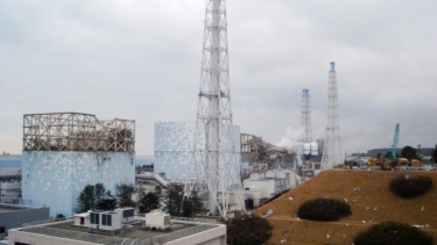 """Компанията оператор на """"Фукушима-1"""" се коригира за радиацията"""
