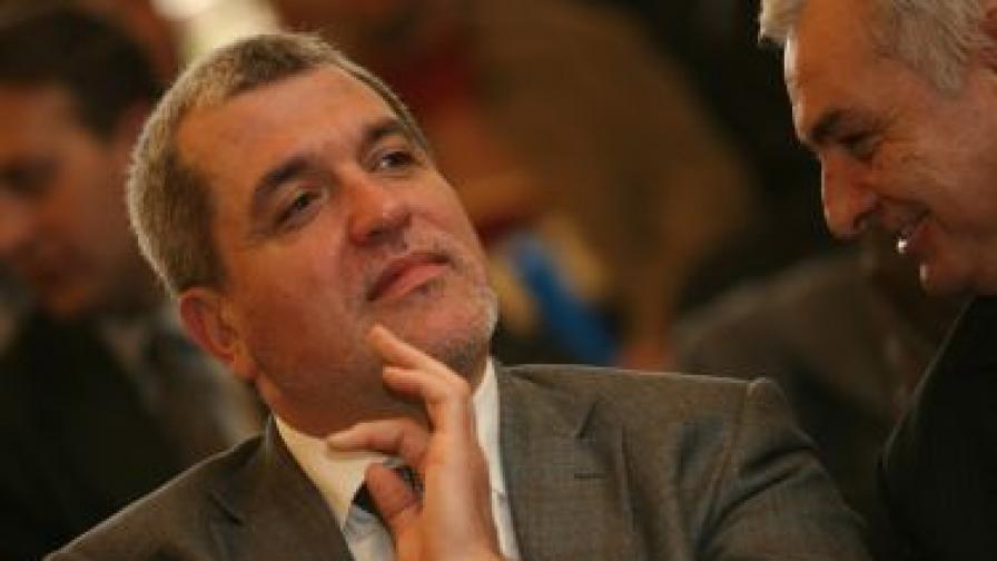 Касим Дал по време на среща с привърженици
