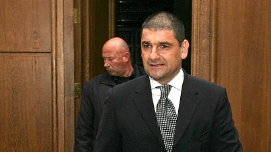 Още 4 г. затвор за Петър Петров-Амигоса