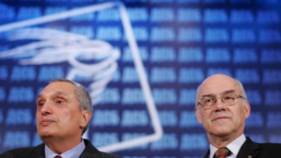 ДСБ и ГЕРБ против едновременни избори и референдум