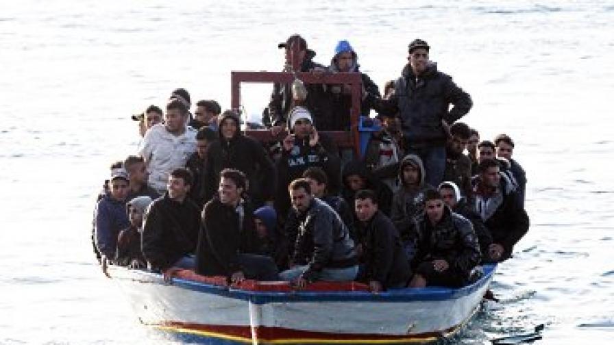 Италия пуска тунизийски имигранти в Шенген