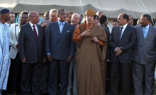 Кадафи приел пътна карта за края на конфликта