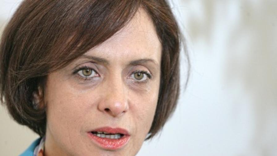 Надежда Нейнски: Мога да участвам в битката за президент