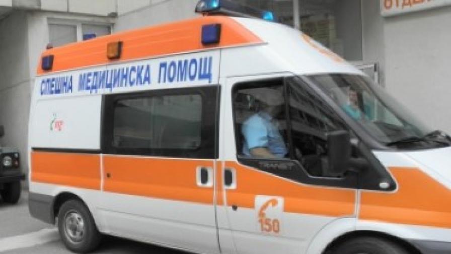 Трима пострадали на строеж в София