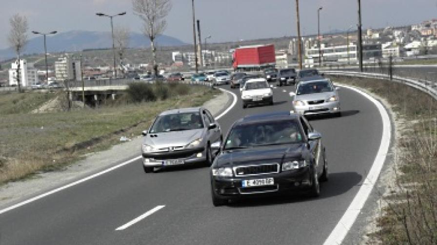 Правителството обеща още мерки срещу растящите цени на горивата