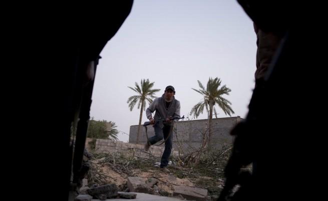 Стотици европейски наемници работели за Кадафи