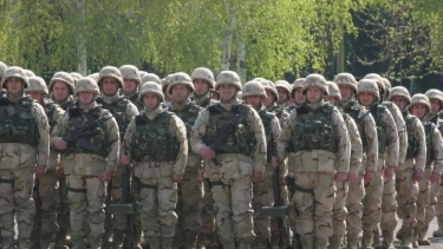 В края на април се състоя тържественото изпращане на десета охранителна рота, в състав от 300 военнослужещи, за участие в операцията на НАТО в Афганистан.