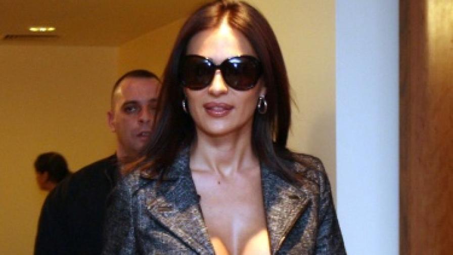 Цеца Величкович при посещението й в България през декември 2007 г.