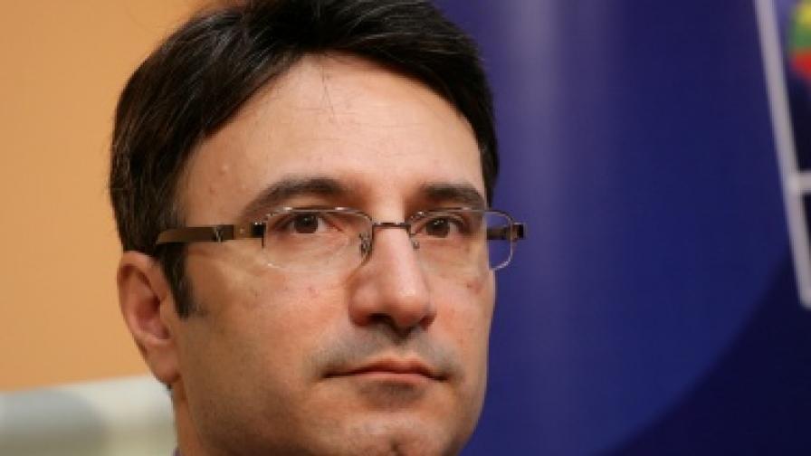 Трайчо Трайков: По-добре сива, отколкото никаква икономика