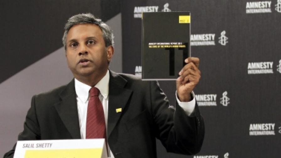 """""""Амнести интернешънъл"""": Чрез интернет избухнаха арабските бунтове"""