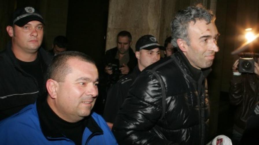 Илиян Михайлов (л) и Георги Велков по време на съдебния процес