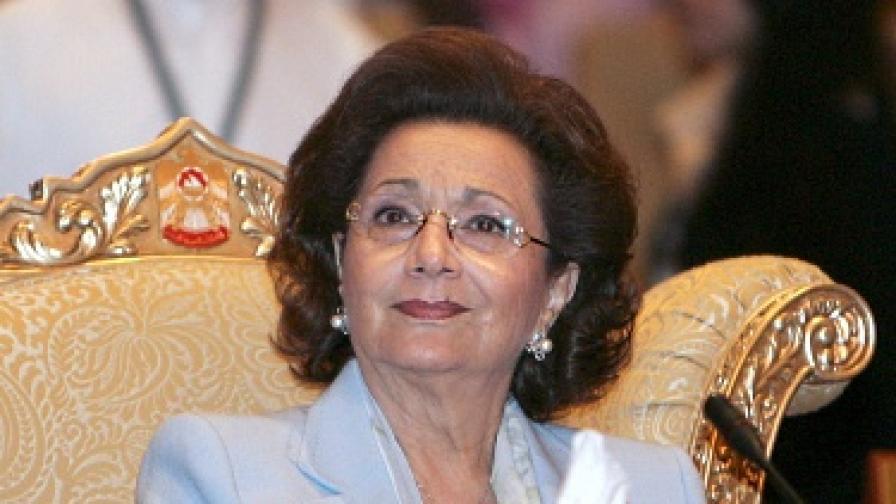 Съпругата на Мубарак – също в ареста