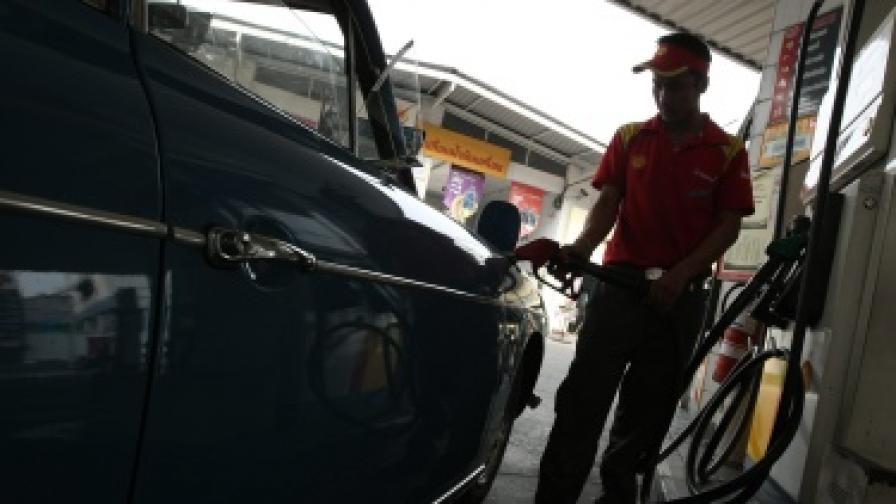 """Неизвестна компания купи 42% от капитала на """"Петрол"""""""