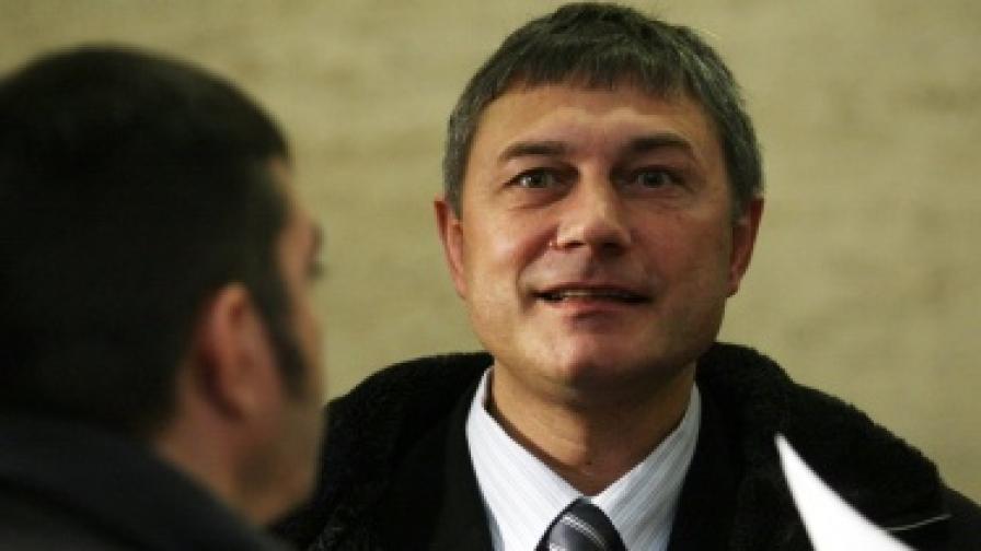Майор Мирослав Писов, един от обвиняемите за убийството на Ангел Димитров - Чората. Снимката е направена на 29 март т.г. при участието на Писов на Национална конференция по случай 7 години от членството на България в НАТО