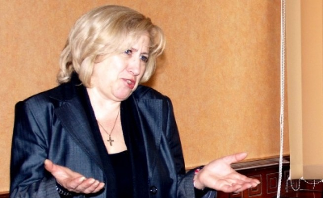 Душана Здравкова писа на еврокомисар заради избора на шеф на СГС