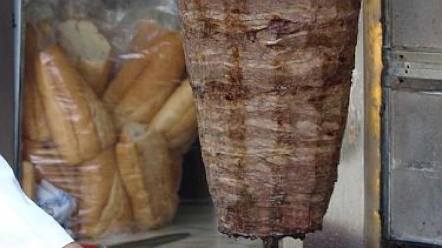 Стафилококи в соса от дюнерите в Петрич