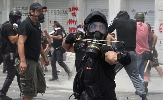 Гръцкият парламент прие новия пакет от бюджетни мерки