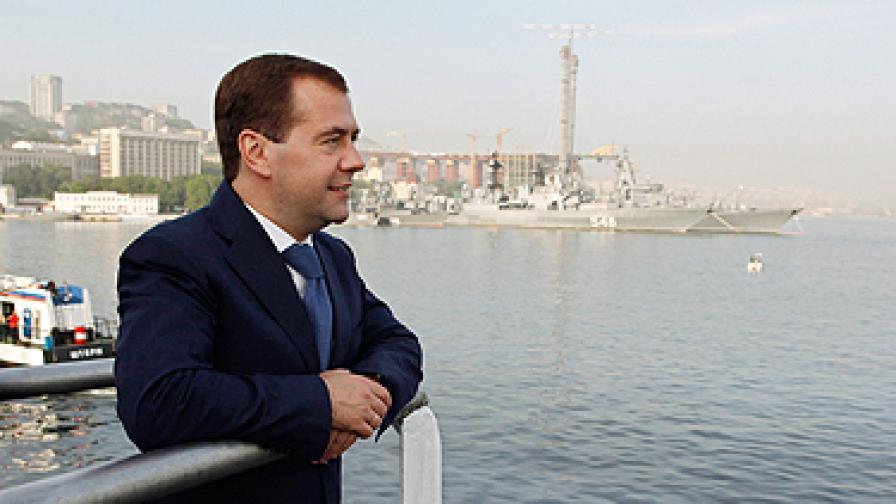 Медведев пусна тока на Беларус
