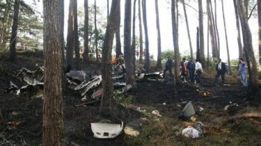 Самолет се разби при кацане в Конго