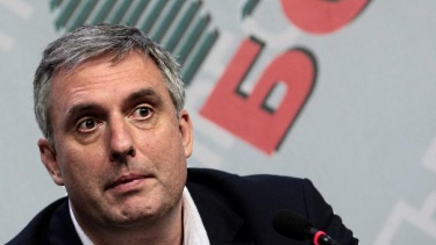 Ивайло Калфин е кандидат-президентът на БСП