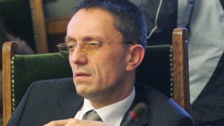 Независими депутати обмислят да си създадат дясна партия