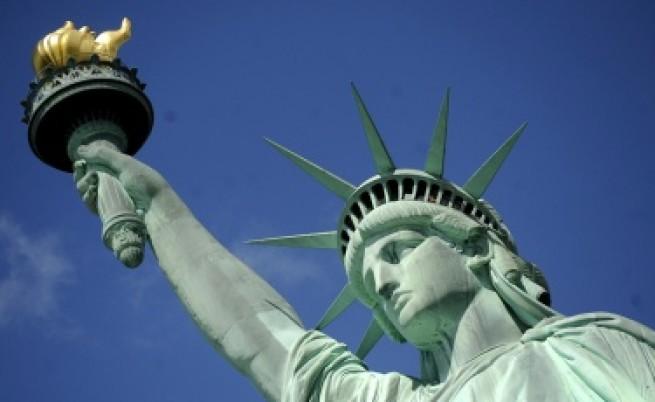 САЩ обмислят отмяна на зелените карти