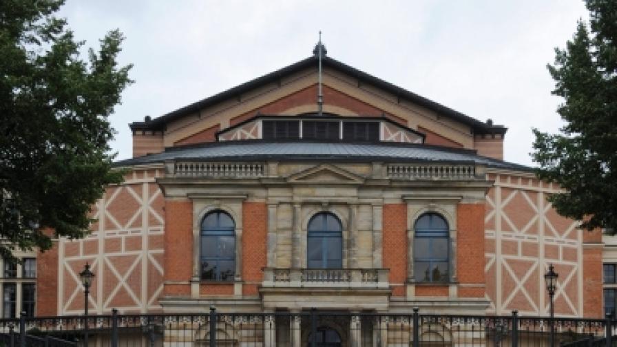 Фестивалният театър в Байройт построен по планове на самия композитор