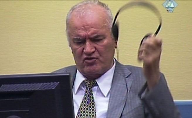 Ратко Младич се изпокарал с всички обвиняеми в Международния трибунал в Хага