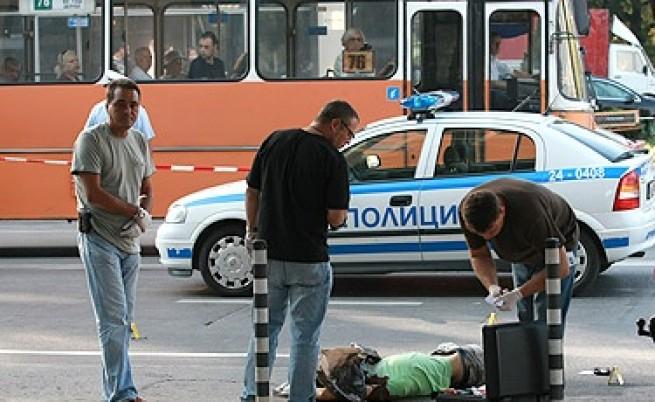 Стрелба на кръстовище в София, един убит