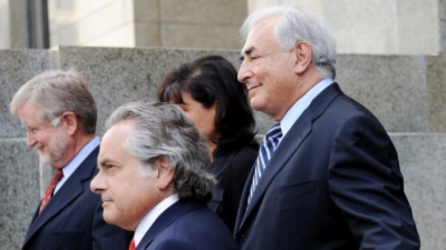 Свалиха обвиненията срещу Строс-Кан