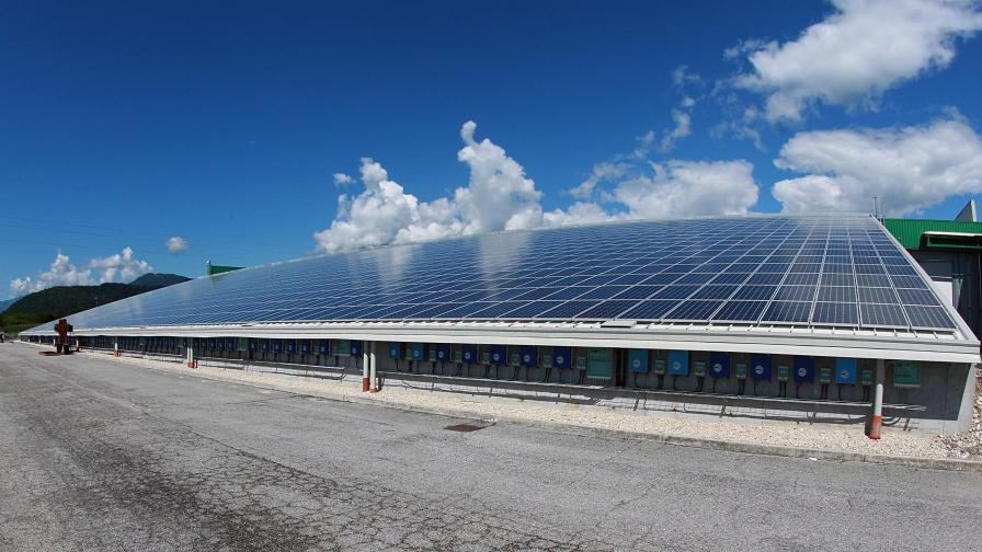 Гърция ще произвежда слънчева електроенергия за Германия