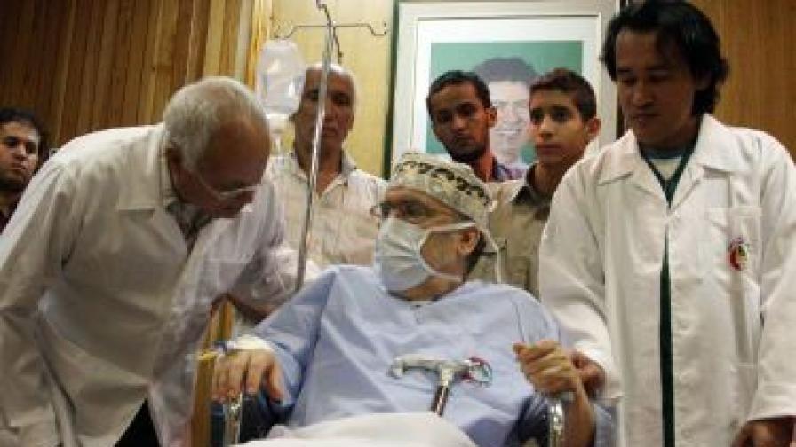 Басет ал Меграхи през септември 2009 г. в централната болница в Триполи