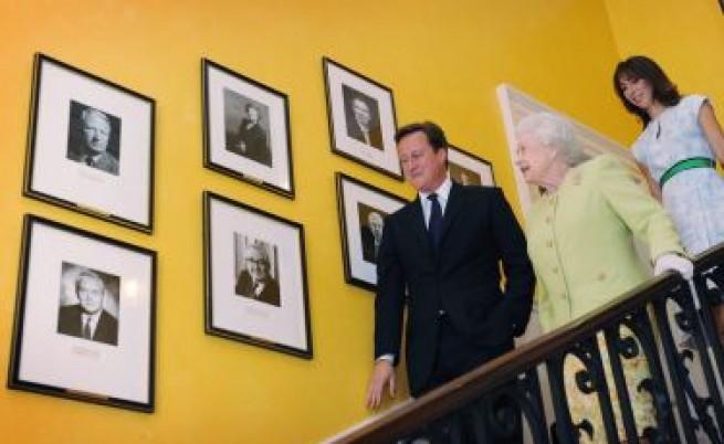 Британският парламент реши да направи подарък за кралицата