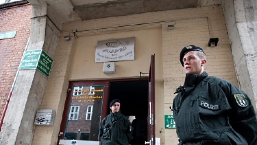 Двама предполагаеми терористи бяха задържани в Берлин