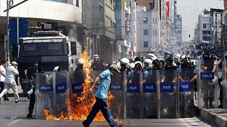 За какво си говорят турското разузнаване и ПКК