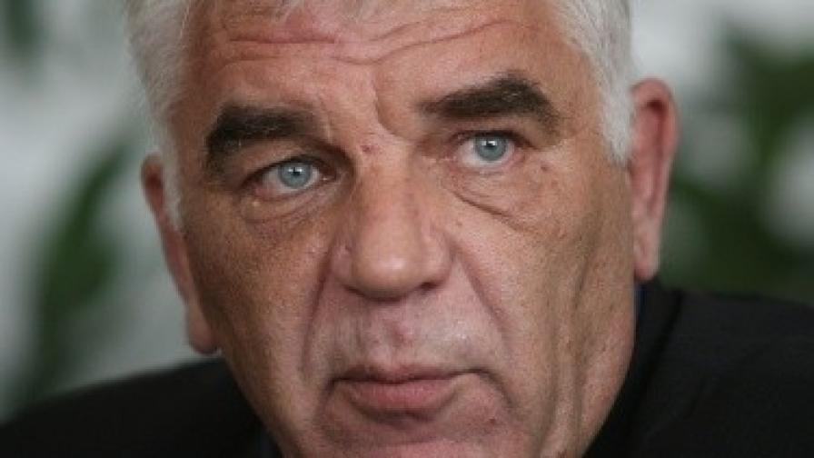 Ваньо Танов: Опозицията ни атакува заради изборите