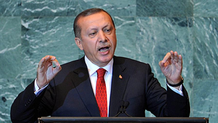 Турският военен флот ще пази хуманитарни флотилии към Газа