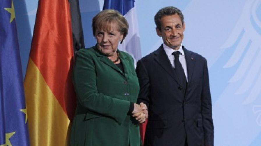 Меркел и Саркози обещаха решение на дълговата криза до края на месеца