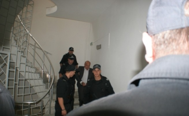 Трима от фамилията Рашкови платили данъци от 1998-2007 г.
