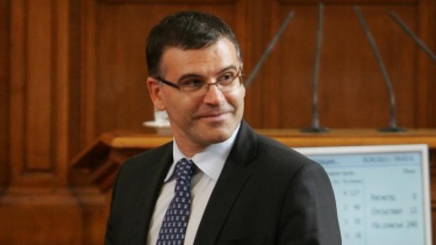 Дянков: ЕС не се справя с кризата