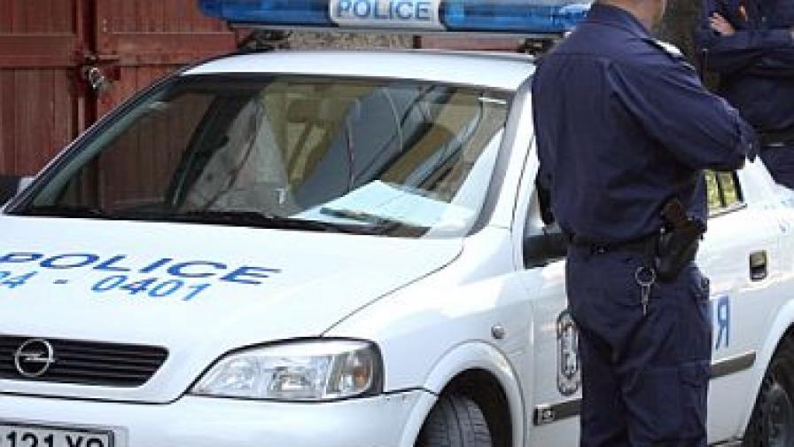 """Отново насилие на пътя: Нападнаха мъж, спрял на червен светофар в """"Люлин"""""""