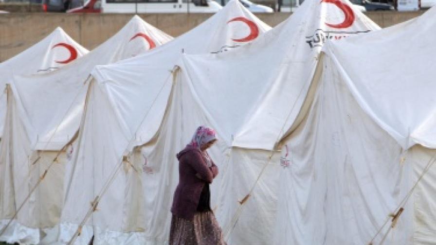 Мародери грабят помощите в Турция