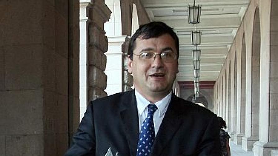 Кандидатът за кмет на Пловдив Славчо Атанасов приет в болница